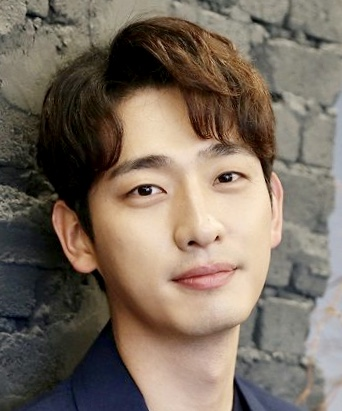 Yoon Park in Law of the Jungle in New Caledonia Korean TV Show (2016)