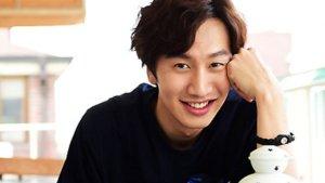 Lee Kwang Soo Injured in Car Collision