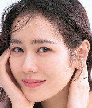 Shim Sun Hee (Sun Hee and Jin Hee)