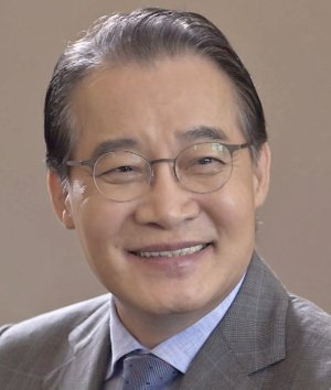 Young Jae Dok Go