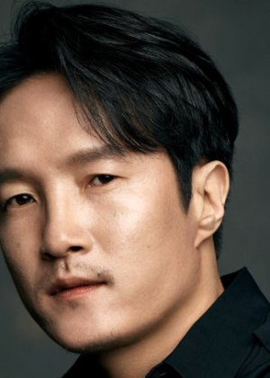 Lee Joong Ok in Strangers from Hell Korean Drama (2019)