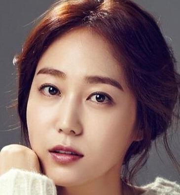 Ha Shi Eun in Miss Cherry's Love Puzzle Korean Movie (2013)