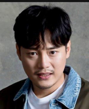 Soo Hwan Kim