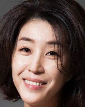 Mi Kyung Kim