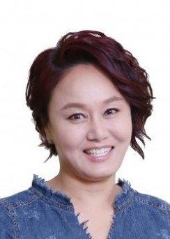 Lee Kyung Shil in TV Novel: Waves, Waves Korean Drama (2018)