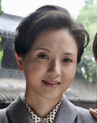 Tao Hui Min in Bright Sun and a Gentle Breeze Chinese Drama (2012)