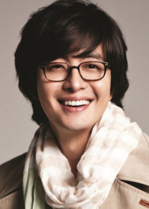 Bae Yong Joon in Hotelier Korean Drama (2001)