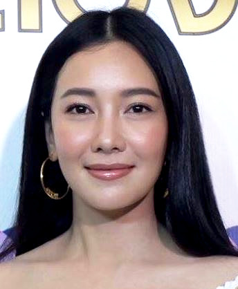 Nune Woranuch Bhirombhakdi in Mae Ai Sae Eun Thai Drama (2004)