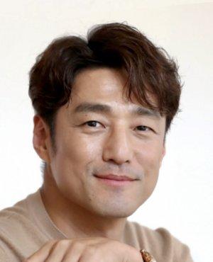 Jin Hee Ji
