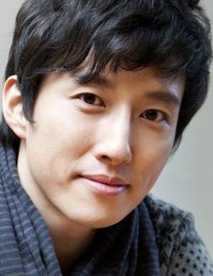 Yang Jin Woo in The Elephant on the Bike Korean Movie (2007)