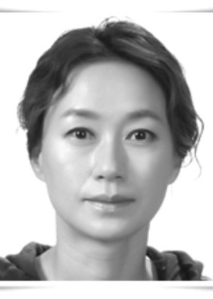 Lee Young Sook in When I Turned Nine Korean Movie (2004)