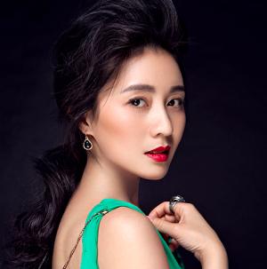Jiang Lin Shan in Nanjing Love Story Chinese Drama (2017)