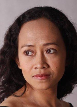 Antonette Garcia in The Bit Player Philippines Movie (2013)