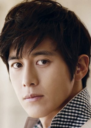 Go Soo in When A Man Loves A Woman Korean Drama (2004)
