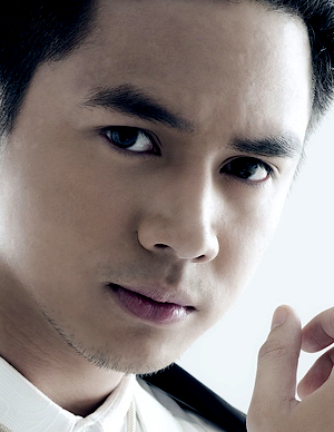 Sam Concepcion in Way Back Home Philippines Movie (2011)