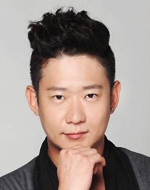 Chun Myung Hoon in Girl Spirit Korean TV Show (2016)