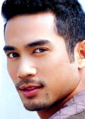 Tui Thiraphat Sajakul in Sri Ayodhaya Thai Drama (2017)