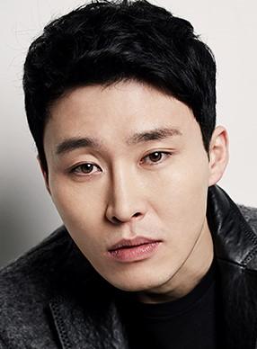 Han Yi Jin in Girl on the Edge Korean Movie (2015)