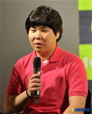 Chan Ho Lee