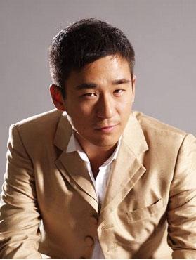 Zhang Mo in War of Desire Chinese Drama (2011)