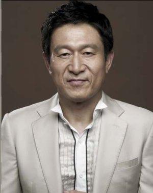 Eung Soo Kim