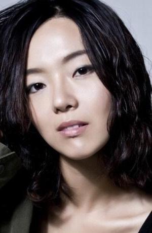 Sang Hee Lee