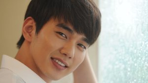 A Stalker's Guide to Yoo Seung Ho [Updated Edition]