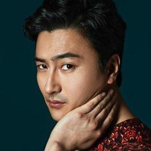 Jung Hwan Ahn