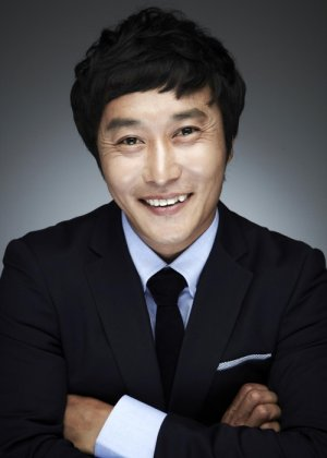 Kim Byung Man in Welcome to Royal Villa Korean Drama (2013)