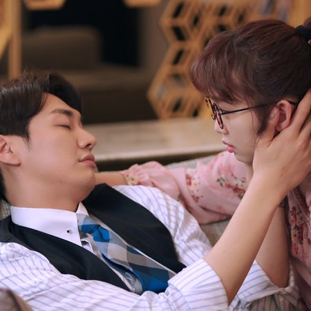 The Secret Life of My Secretary (2019) - Episodes - MyDramaList
