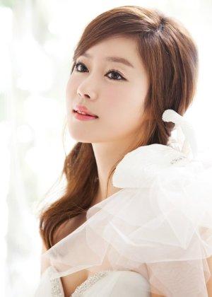 Lee Ji Hyun in Twilight Gangsters Korean Movie (2010)