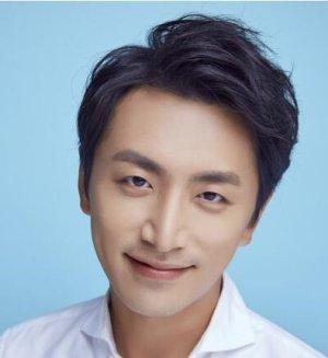 Hong Ming Luo