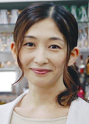 Watanabe Azusa in Mahou Sentai Magiranger: Revealed! The Gold Grip Phone's Super Magic ~Goolu Golu Gou Gou~ Japanese Special (2005)