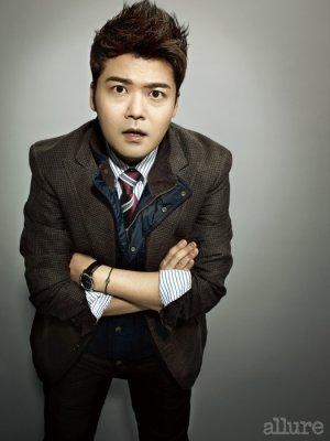 Hyun Moo Jun