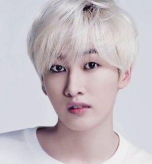Hyuk Jae Lee