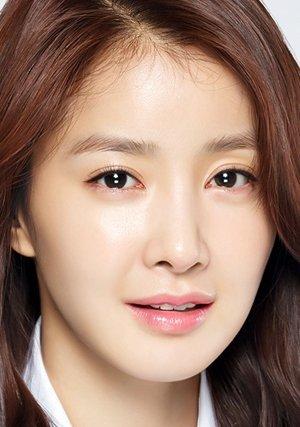 Shi Young Lee