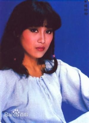 Yeung Sharon in The New Adventures of Chor Lau Heung Hong Kong Drama (1984)