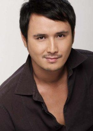 John Estrada in Caregiver Philippines Movie (2008)