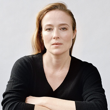 Jennifer Ehle in Take Point Korean Movie (2018)