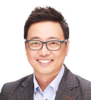 Kwang Woo Nam