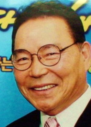 Lee Young Hoo in Orient Theatre Korean Drama (2001)