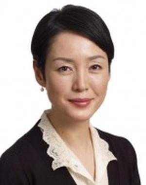 Higuchi Kanako in Fuyu no Undokai Japanese Special (2005)