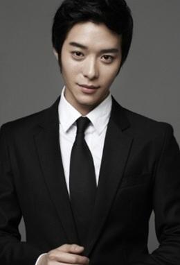 Han Ki Woong in Ugly Miss Young Ae Season 13 Korean Drama (2014)