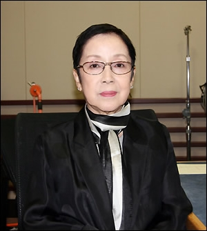 Naraoka Tomoko in Half a Confession Japanese Movie (2004)