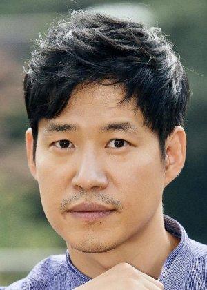 Yoo  Joon Sang in Magic Castle Korean Drama (1999)