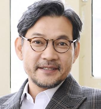 Jung Jin Young in Bichunmoo Korean Movie (2000)