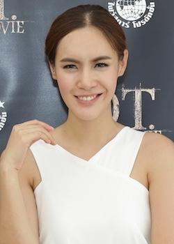 Nalinthip Phoemphattharasakun in Hong Hoon Thai Movie (2014)