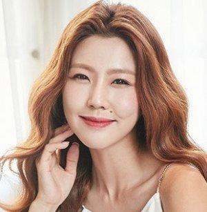 Yoon Mi Lee