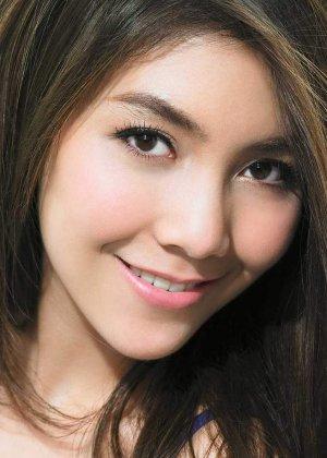 Virithipa Pakdeeprasong in Wannueng Jaa Pben Superstar Thai Drama (2015)