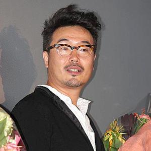 Miki Koichiro in 10 Manbun no 1 Japanese Movie(2020)